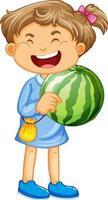 ein Mädchen, das Wassermelonenfruchtkarikaturcharakter lokalisiert auf weißem Hintergrund hält