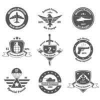 militärische Embleme gesetzt vektor
