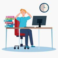 Frau am Arbeitsplatz gestresst