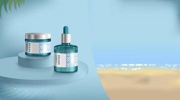Werbung für Sonnencreme und Spray. Kosmetiktube und realistische Flasche am Strand und am Meer. Vorlage für Branding- und Verpackungsdesign. Vektorillustration vektor