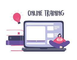 Online-Training mit Mädchen, das ein Buch über Laptop-Inhalte liest