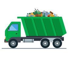Ein mit Müll beladener LKW fährt auf eine Mülldeponie. flache Vektorillustration vektor