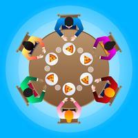 Glückliche verschiedene Familie, die zusammen auf runder Abendtisch-Illustration isst