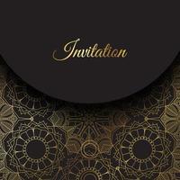 eleganter Einladungshintergrund mit Goldmandalaentwurf vektor