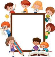 tom banner med många barn som gör olika aktiviteter vektor