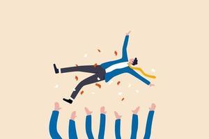 firande av jobbfrämjande, vinnande pris, framgång i arbetet eller måluppfyllelse gratulationskort koncept, glada företagskollegor kastar sin glada chef i luften firar lagets framgång. vektor