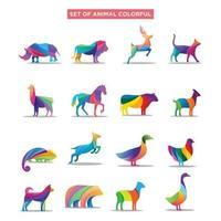 Satz Tierlogo. wilde Tierdschungelhaustiere bunte geometrische Polygon abstrakte Charakter- und Naturkunstgrafiken vektor