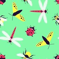 Nahaufnahme nahtloses Muster mit Insekten - Schmetterling, Hummel, Libelle, Marienkäfer auf einem grünen Hintergrund vektor