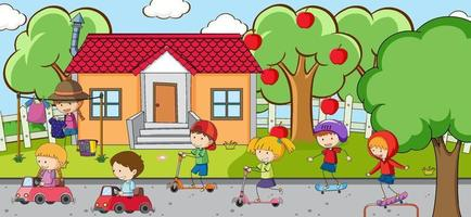 utomhusplats med många barn som leker på lekplatsen