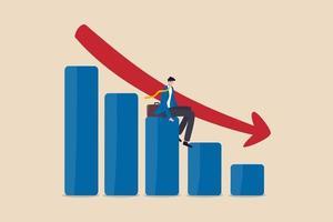 ekonomisk lågkonjunktur, finansiell kris eller aktiemarknadskrasch på grund av covid-19 coronaviruspandemikoncept, arbetslös affärsmaninvesterare eller företagsägare som sitter på att falla ner stapeldiagram, röd pil. vektor