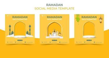 redigerbar fyrkantig social media postmall. ramadan försäljning banner koncept för marknadsföring med podium. vektor