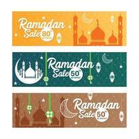 Ramadan-Verkaufsfahne eingestellt mit islamischer Verzierung vektor