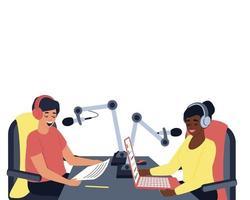 Im Studio sind zwei Radiomoderatoren, ein Mann und eine Frau vektor