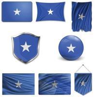 Satz der Nationalflagge von Somalia in verschiedenen Designs auf weißem Hintergrund. realistische Vektorillustration. vektor