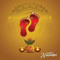 Happy Navratri Indian Festival Feier mit Göttin Durga Fußabdruck und Kalash vektor