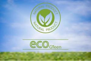 Vektor verschwommen Landschaftsgestaltung des grünen Naturproduktlogos Ökologie grünes Etikett. Wunderschönes grünes Kreismuster. Mit zwei zusammengesetzten Blättern.