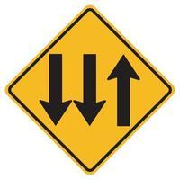 Warnschilder dreispurige Verkehrsstraße auf weißem Hintergrund vektor