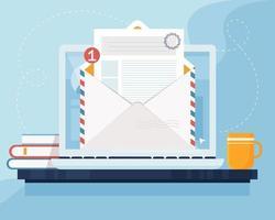 Mail-Marketing-Konzept. Laptop mit Umschlag und Dokument auf dem Bildschirm. E-Mail, E-Mail-Marketing, Internet-Werbekonzept. Vektorillustration im flachen Stil vektor