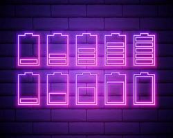 Satz Batterie Neon Symbol. Ladegerät leuchtendes Zeichen. Vektorsymbol der niedrigen und vollen Batterie lokalisiert auf Ziegelmauer. vektor
