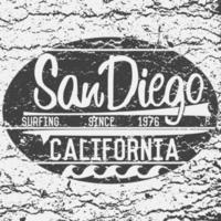 t-shirt utskrift design, typografi grafik sommar vektor illustration badge applikation etikett Kalifornien San Diego surfskylt