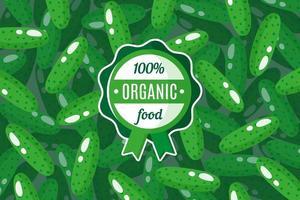 Vektorplakat oder -fahne mit Illustration des grünen Gurkenhintergrunds und des runden grünen Bio-Lebensmitteletiketts vektor