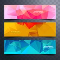 Moderna färgstarka polygon baners set design vektor