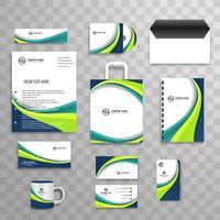 Moderner Geschäftsbriefpapiersatz vektor