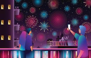 Menschen, die Feuerwerk am Nachthimmel der Stadt genießen vektor