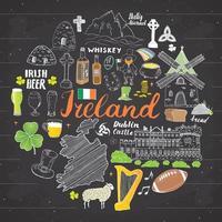 Irland Skizze Kritzeleien. Hand gezeichnete irische Elemente mit Flagge und Karte von Irland, keltischem Kreuz, Burg, Kleeblatt, keltischer Harfe, Mühle und Schaf, Whiskyflaschen und irischem Bier, Vektor auf Tafel gesetzt