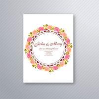 Hochzeitseinladungs-Kartenschablone mit dekorativem Blumen-backgrou vektor