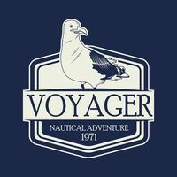 Seemöwenvogel-Seemblem im blauen Hintergrund vektor