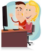Glad mamma och pappa som arbetar på stationär dator
