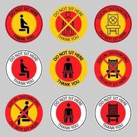 sitzen Sie nicht hier Beschilderung. verbotene Symbole für den Sitz. sichere soziale Distanz, wenn Sie an einem öffentlichen Ort sitzen. Lockdown-Regel. Halten Sie im Sitzen Abstand. verbotener Stuhl vektor