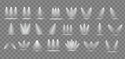 Satz realistischer heller Projektoren, die Lampensammlung mit Scheinwerferlichteffekten mit Transparenz einzeln auf transparentem Hintergrund beleuchten. Vektor-Illustration vektor