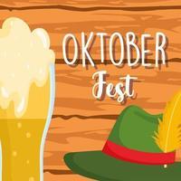 oktoberfest festival, kaltes bier und hutholzhintergrund, feier deutschland traditionell vektor