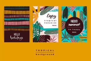 Sats av abstrakta kreativa mallar med tropiska löv.