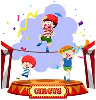 Kinder treten im Zirkus auf