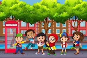 Grupp av barn från olika kulturer vektor