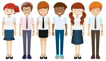 Människor i olika kostymer