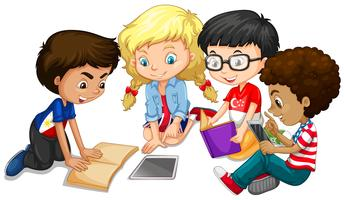Grupp av barn som gör läxor