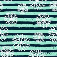 Nahtloses Muster des Vektorwinters mit Schneeflocken und Streifen. vektor