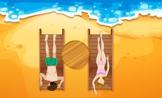 Menschen, die am Strand ein Sonnenbad nehmen vektor
