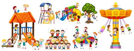 Lyckliga barn leker på lekplatsen vektor