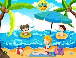 Ein Familien-Sommerurlaub am Strand
