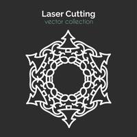 Laserschneideschablone. Weihnachtsrunde Karte. Die geschnittene Mangala vektor