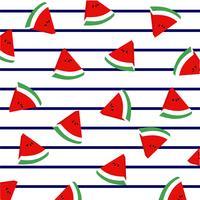 Wassermelonenscheiben auf Marinestreifen.