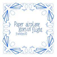 Rahmen mit Papierflugzeugen und Fliegen