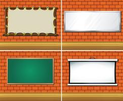 Fyra olika typer av brädor på väggen