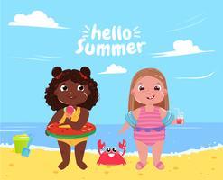 Två små tjejer på stranden. Hej sommar. Vänner roligt spel och semester till sjöss. Vektor tecknad illustration