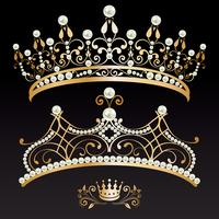 Set Sammlung von zwei goldenen mit Perlen Diademe und Krone